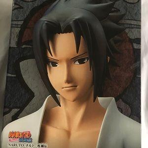 Naruto: Sasuke Uchiha Figure